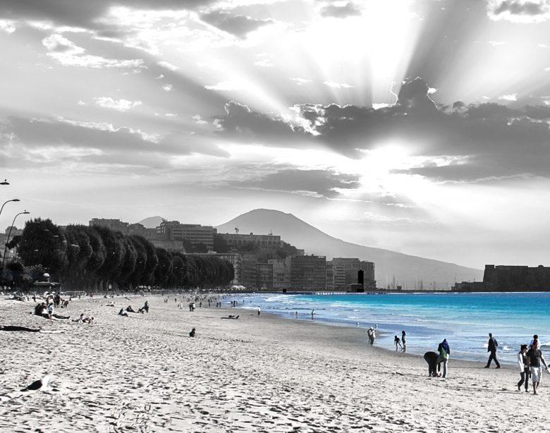 """Grafica del progetto """"Il mare bagna Napoli"""" dell'architetto Luca Picardi"""